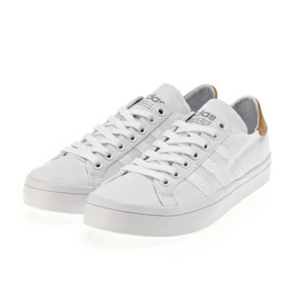 Le Adidas 1 Courtvantage W Scarpa By9231 Poshmark